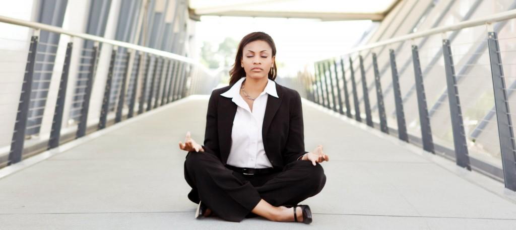 Menedzser jóga - A Xantos Mobil Masszázs Kft. menedzser jógaóráinak keretében lehetőség van a jóga áldásos hatásait intenzívebben megtapasztalni, hiszen az órák teljesen személyre szabottak a jógaoktató komoly, szakértő figyelmével kísérve.